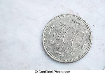 Japanese coin 500 yen