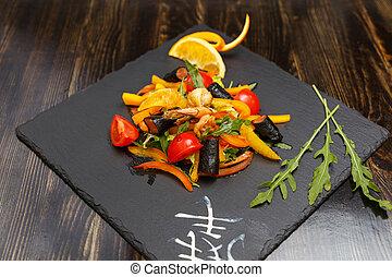 Seaweed Salad with Conger - Japanese Cuisine - Seaweed Salad...