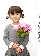 Japanese girl with flowers (4 years old)