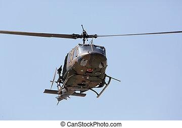 japansk, militär helikopter, i flykt