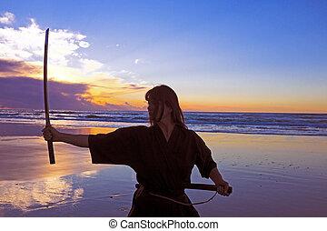 japonés, joven, samurai, ocaso, sword(katana), playa,...