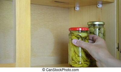 jar pepper olive
