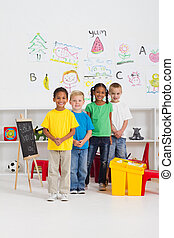 jardín de la infancia, niños, grupo