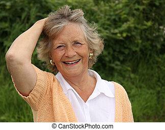 jardin, elle, dehors, sourire, années soixante, dame