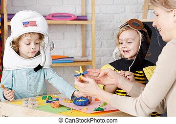 jardin enfants, fête, déguisement