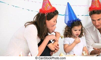 jarig, gedurende, hebben, feestje, plezier, gezin