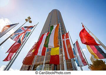 jarmark, wieża, i, kraj, bandery, w, frankfurt, niemcy