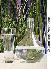 jarra, y, vidrio, con, agua