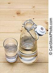 jarro del agua, y, vidrio