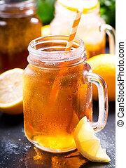 jarro, limão, chá gelo