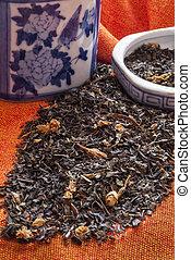 Jasmine-Tea-With-Blue-And-White-Chinese-Ceramic