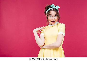 jaune, girl, pinup, robe, stupéfié, heureux