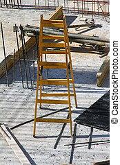 jaune, site construction, escalier