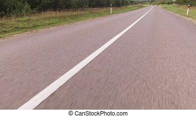 jeûne, conduire, bas, a, route pays, sur, a, ensoleillé,...