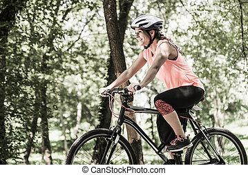 jeżdżenie, kobieta, rower, młody
