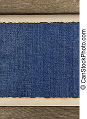 jean blu, tessuto legno