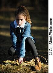 jean, eleven-year-old, pin, veste, appareil photo, poser, girl, park.