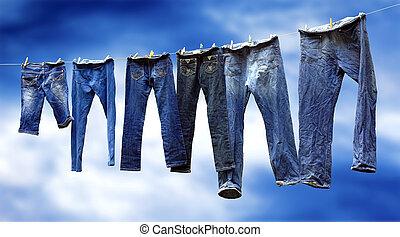 jeans, auf, a, wäscheleine, trocknen