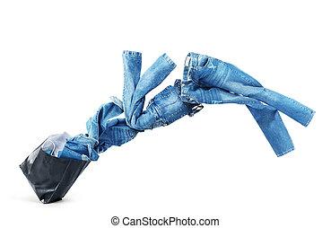jeansstoff, kleidung, fliegendes, heraus, von, a, schwarz,...
