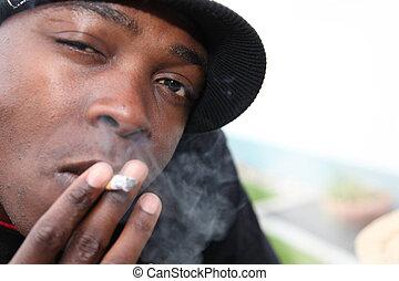 jeden, mládě, afričan- američanka, s, cigareta