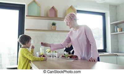 jedzenie, młody, kitchen., dwa, owoc, macierz, dzieci