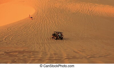 Jeep Sand Drag Racing in Boundless White Sand Dunes - MUI...