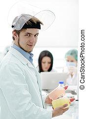 jego, pracujący, pracownik, medyczny, maska, młody, pracownia, szkło, drużyna