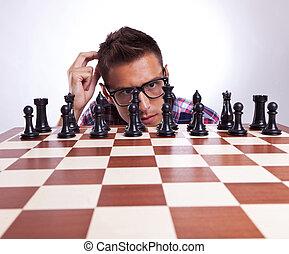jego, zadumany, przenosić, szachy, przód, człowiek, pierwszy
