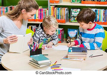 jej, biblioteka, syn, książka, macierz, czytanie