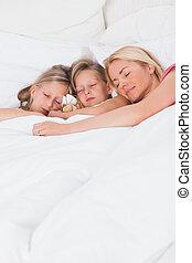 jej, dzieci, spanie, łóżko, kobieta