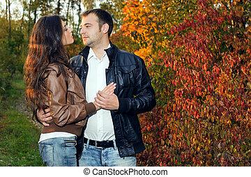 jesień, data, para, park, młody