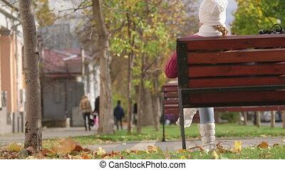 jesień, dziewczyna, ława, posiedzenie