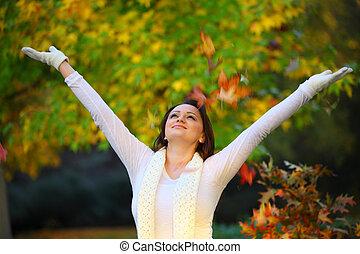 jesień, kobieta, radosny