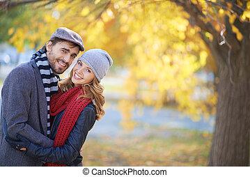 jesień, para, szczęśliwy