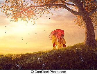 jesień, przelotny deszcz, dzieci, pod