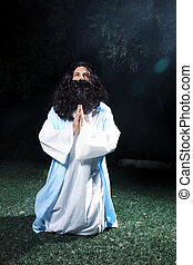 Jesus looking to heaven in prayer