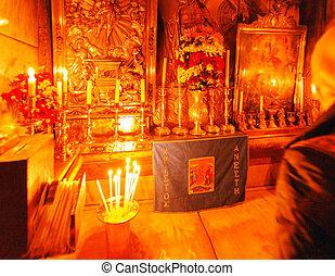 Jesus Tomb inside Church of the Holy Sepulchre, Jerusalem