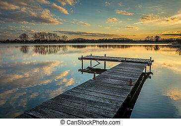 jetée, coucher soleil, lac reflet, après, eau, nuages