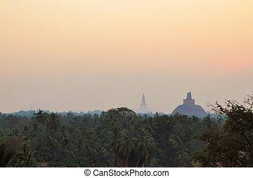 Jetavaranama and Mirisavatiya dagoba stupa - Ancient ...
