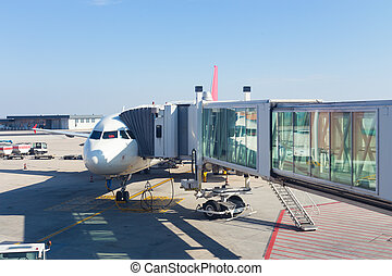 Jetway conecting plane to airport departure gates. - Jetway...