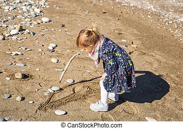 jeu, concept, gens, -, plage., crosse, mer, dorlotez fille, enfant, enfance