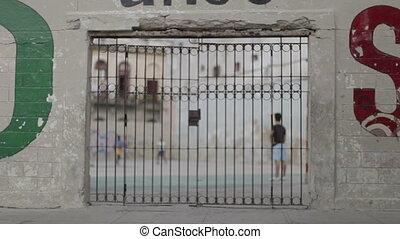 jeu, coup, football, par, portail, cour de récréation, enfants