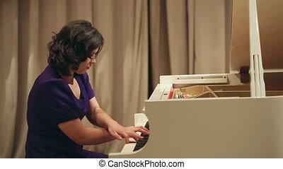 jeu, femme, piano