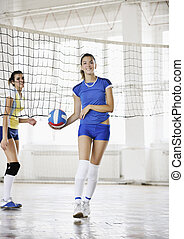 jeu, intérieur, filles, jouer volleyball