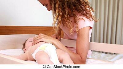 jeu mère, bébé, mignon, sourire