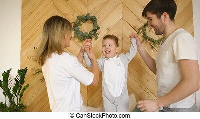 jeu, peu, famille, jeune, lit, fils, chambre à coucher