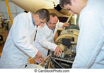 jeune, aérospatial, ingénieurs