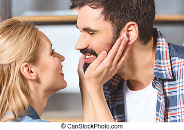 jeune, aimer couple, embrasser