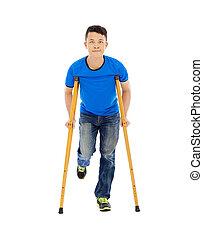 jeune, asiatique, fond, sourire, crutches., blanc, homme