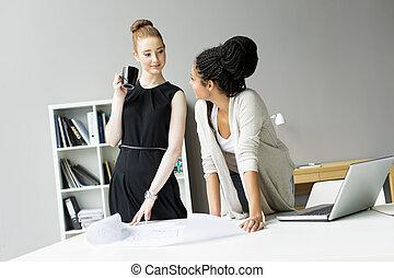 jeune, bureau, femmes